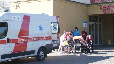 Daugėja pacientų, uždelsusių vizitą pas gydytojus