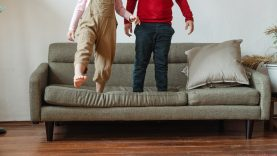 Emocinės pagalbos linija 1809 jau gali kreiptis ir tėvai