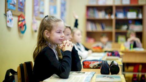 Savivaldybių duomenimis, šią savaitę į švietimo įstaigas atėjo apie 3000 mokinių