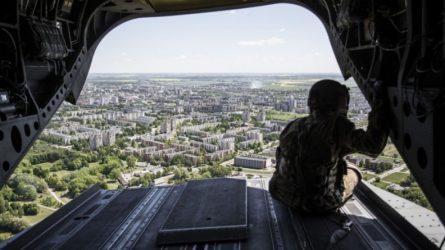Pasirašytos sutartys su įmonėmis, kurios statys tris naujus karinius miestelius Šiauliuose, Rokantiškėse ir Pajūryje