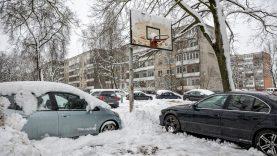 Vilnius nesitaikstys su netinkamai prižiūrimais kiemais ir šaligatviais – rangovams gresia baudos
