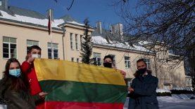 Vasario 16-oji 5-ojoje gimnazijoje - einant pilietiškumo keliu