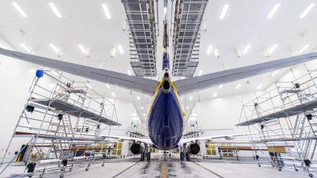 Kauno oro uoste atidaromas modernus orlaivių dažymo angaras