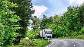 """Simonas Gentvilas: """"Europinis reikalavimas apgręžti sunkvežimius namo neatitinka Žaliojo kurso"""""""