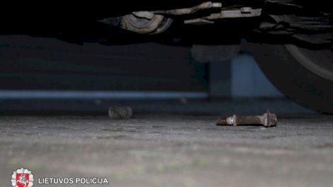 """Sulaikytas """"Toyota"""" automobilių katalizatorių vagystėmis įtariamas panevėžietis"""
