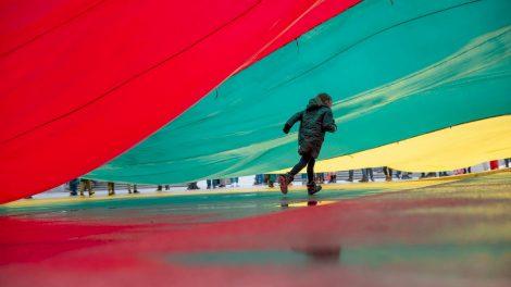 Laisvę švęsime kitaip: kauniečių laukia virtualūs renginiai ir dėmesį kaustančios šviesos instaliacijos