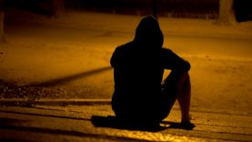 Šiauliuose moterį apiplėšęs ir sužalojęs vyras lauks teismo sprendimo