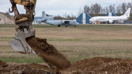 """Atsinaujinęs Šiaulių oro uostas ruošiasi priimti transatlantinius """"Boeing"""" ir """"Airbus"""" lainerius"""