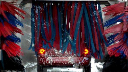 Tūkstančiai už plovyklose ir autoservisuose apgadintus automobilius: tai lemia ir techniniai gedimai, ir žmogiškos klaidos