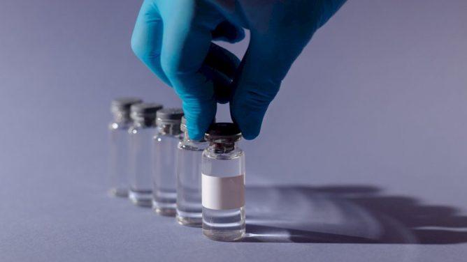 """Į Lietuvą pradėta tiekti """"Janssen"""" vakcina nuo koronaviruso, kurios užteks tik vienos dozės"""