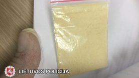 Klaipėdos kriminalistai sulaikė du vyrus įtariamus psichotropinių medžiagų kontrabanda į Lietuvą