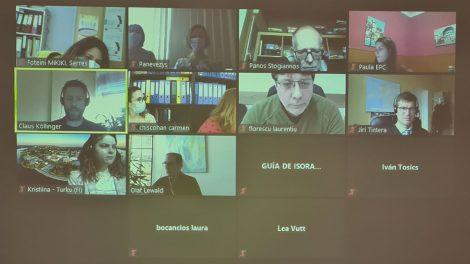 """Virtualus tarptautinio projekto """"Erdvės žmonėms"""" partnerių susitikimas"""