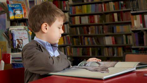 Mokiniams sugrįžtant į pradines klases – testuotis tėvams nebereikės