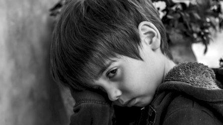 Girtaujančių tėvų vaikai turi be galo daug nuoskaudų