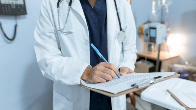 Norintys aplankyti ligoninės pacientus turės gauti leidimą, informacija apie pacientų būklę teikiama tik nurodytiems asmenims
