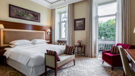 Mama nusipelnė atostogų – specialūs Vilniaus viešbučių pasiūlymai mamos dienai