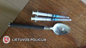 Keturi klaipėdiečiai įtariami heroino platinimu veikiant organizuotoje grupėje
