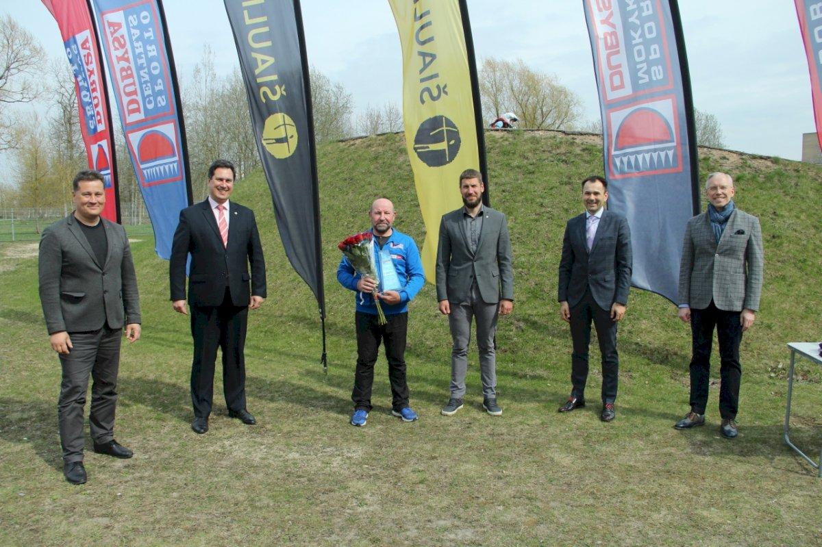 sukakties-proga-pasveikintas-dviraciu-sporto-treneris