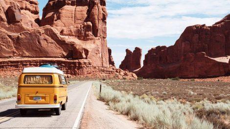 Ko reikia nepamiršti prieš ruošiantis su automobiliu vykti į kelionę?