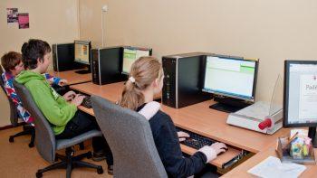"""Ministrė pradeda """"Tūkstantmečio mokyklų"""" programos turą po Lietuvą"""