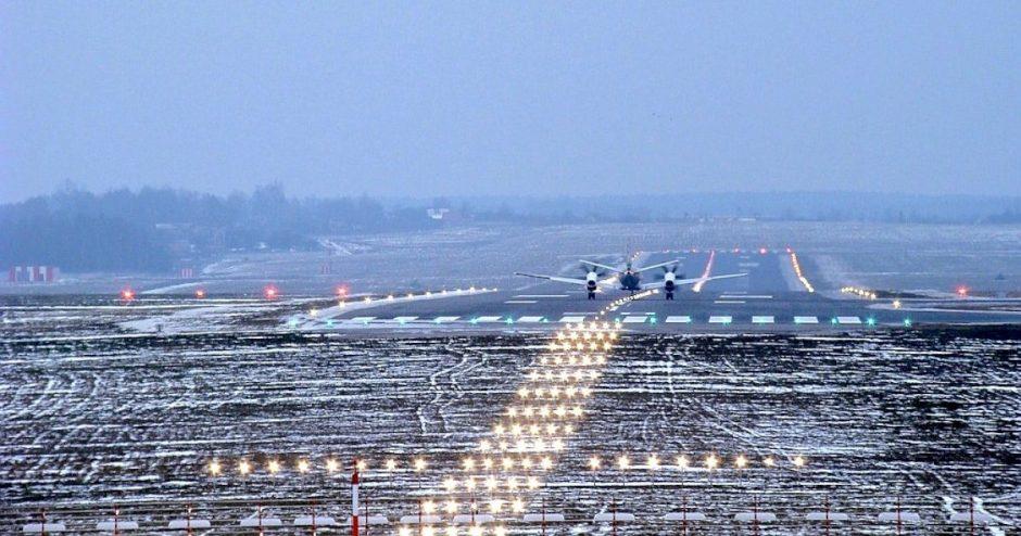 Aviacijos vasaros sezonas: gegužę Lietuvos oro uostuose bus vykdoma beveik 40 tiesioginių maršrutų