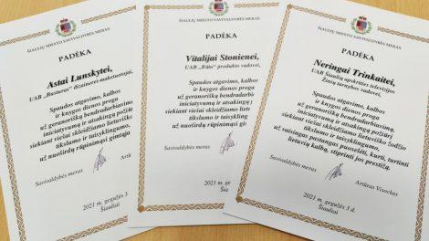 Spaudos atgavimo, kalbos ir knygos dienos proga padėkota trijų įmonių darbuotojoms