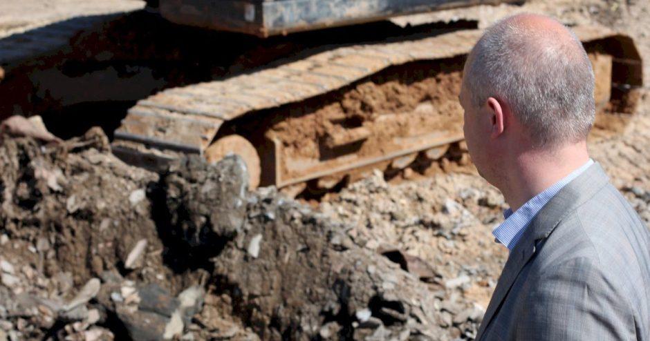 Aptikus 10 tūkst. tonų asbesto atliekų aplinkos ministras kreipsis į teisėsaugą