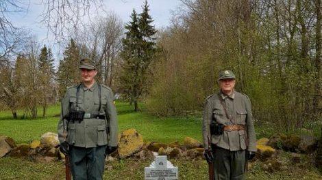 Pagerbtas Ketūnuose palaidoto Tėvynės apsaugos rinktinės savanorio atminimas