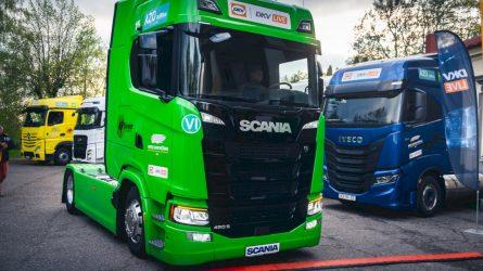 """Paaiškino, kodėl """"Scania S"""" tapo pirmuoju Lietuvos """"DKV LIVE Metų sunkvežimiu"""""""