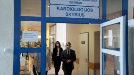 """Ministras A. Dulkys: """"Ligoninei šioje situacijoje daugiausiai padėti gali patys žmonės"""""""