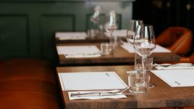 Kokia yra būtina įranga restoranams?