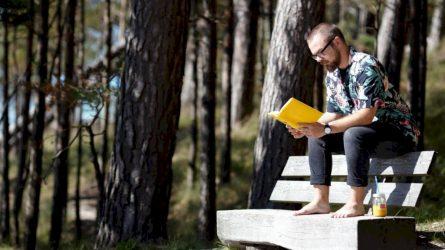 """Vasaros pradžią pažymi šeštasis skaitymo iššūkis """"Vasara su knyga"""""""