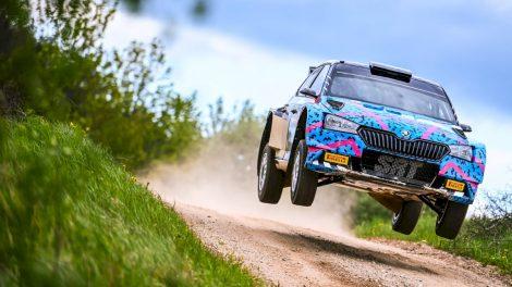 """""""Rally Žemaitija 2021"""" trasomis lėks Lietuvoje neregėtas tarptautinės klasės reikalavimus atitinkančios technikos karavanas"""