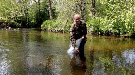 Už nuopelnus išsaugant žuvų išteklius Juozo Virbicko premiją pelnė Jonas Pašukonis