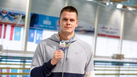 Plaukikas Danas Rapšys