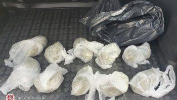 Panevėžyje teismui perduotos dvi narkotikų platinimo bylos