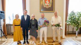 Trims sostinės kūrėjams Rotušėje įteiktos Vilniaus mero premijos