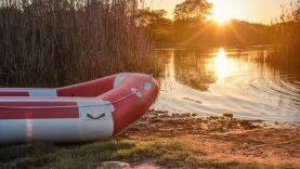 Kodėl verta įsigyti pripučiamą valtį?