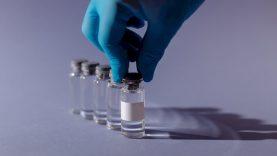 Persirgusiems COVID-19 liga – nauja vakcinacijos tvarka