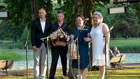 """Audronei ir Alvydui Būtoms –""""Globėjų šeimos 2021"""" titulas"""