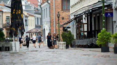 Darbų pradžią pasitinkanti Vilniaus gatvė ruošiasi laikinai užsiverti: po atnaujinimo bus patogu visiems