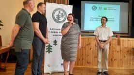 Apdovanotos pavyzdingai tvarkomos miško valdos ir aptartos privačių miškų aktualijos