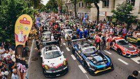 """""""Aurum 1006 km lenktynių"""" festivalis sugrįžo į Vytauto gatvę"""