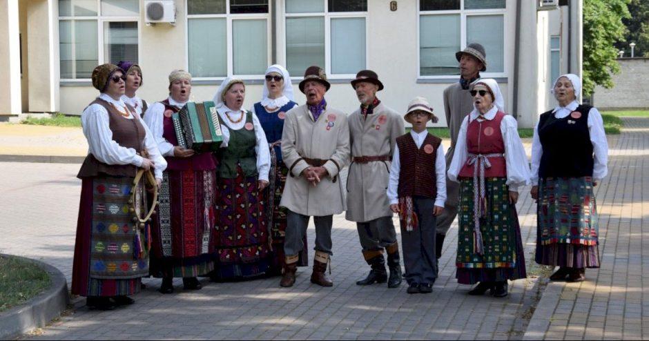 Šventiškas šeštadienis Vilkaviškio rajone: nuo skambančios muzikos gatvėse iki bendruomenės 15 metų veiklos jubiliejaus