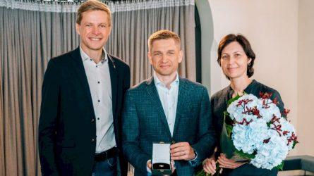 Vilniaus miesto mecenato ženklelis įteiktas Mariui Čiuželiui