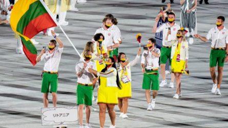 Tokijuje suliepsnojo olimpinis aukuras: oficialiai atidarytos olimpinės žaidynės
