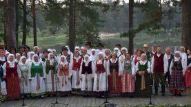 """Dzūkijos šilų kaimus papuošė respublikinis folkloro festivalis """"Subatėlės vakarėly…"""""""