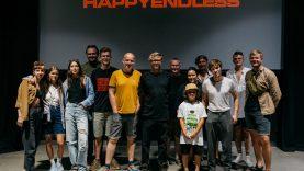 """""""Happyendless"""" pristato apokaliptinį muzikinį filmą: ar paliekant mirštančią Žemę raketų užteks visiems?"""