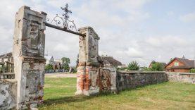Gaisrų paženklinta šv. Onos bažnyčia laukia savo atgimimo