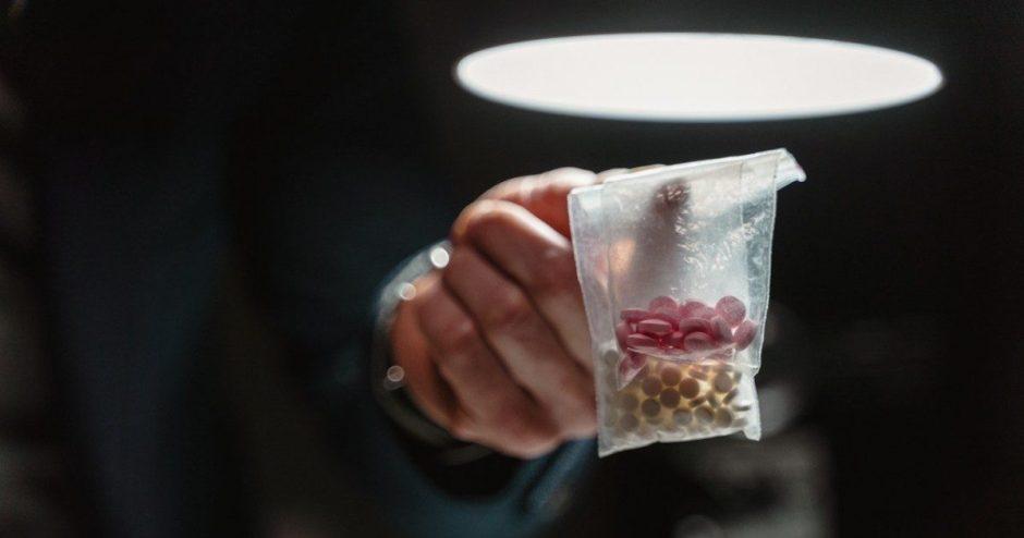 Prekybos žmonėmis ir narkotinių medžiagų platinimo byloje – nuosprendis